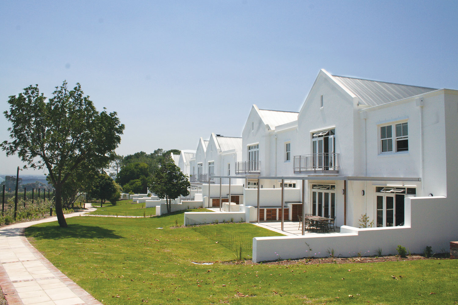New Court at Steenberg - Empty Nesters Downsizing without compromise