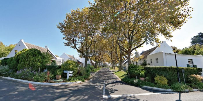 caption 2 Constantia Place 700x350 - Community healthcare and luxury living