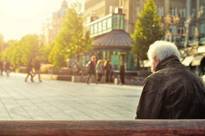 huy phan 100866 unsplash 700x465 - The emergence of retirement homes in the UK