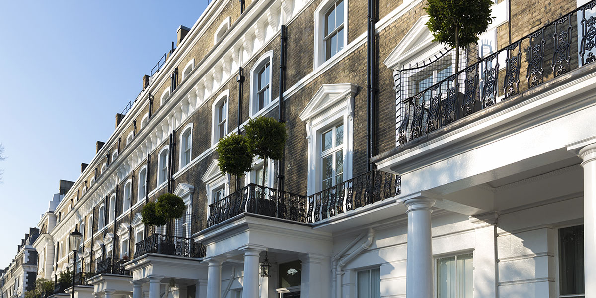 Now's a great time to build a strong global wealth strategy by buying international property