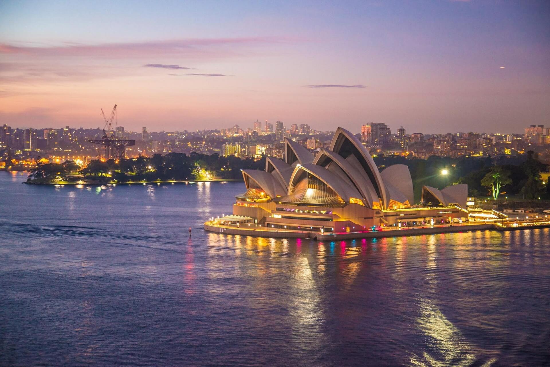 sydney opera house 354375 1920 - Australian Parent Visa offers a path to reunite families